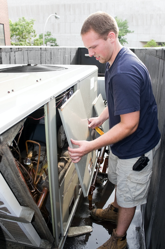 ac maintenance repair man